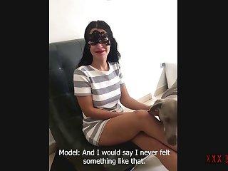 Sassy Woman Jenna Ivory Gives Chili Dog A Nice Sucking 5